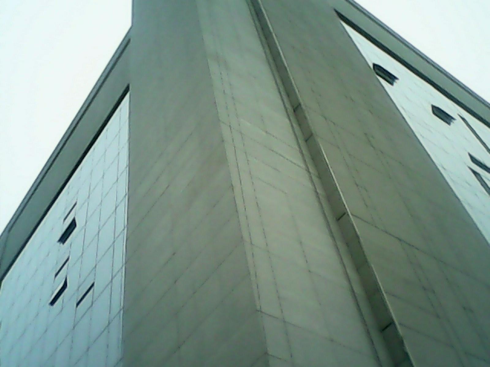 政府部门发声禁用玻璃幕墙 亚博体育网页版幕墙顺势上位